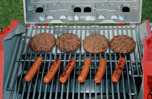 thaeger-menswear-lifestyle-hot-rod-grills-meat